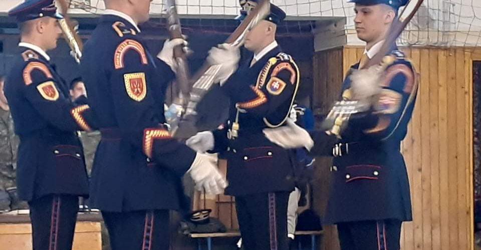 Čestná stráž prezidentky SR
